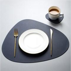 모던 삼각 테이블 매트 S 1개(색상랜덤)