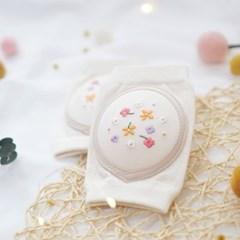 [쿵스쿵스] 꽃길 오가닉 아기무릎보호대 유아 성장판보호대