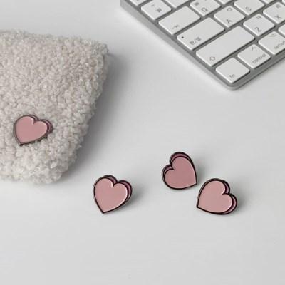 heart badge