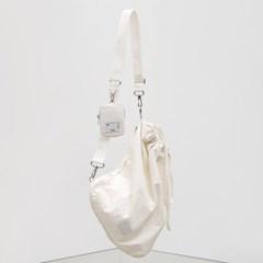 [4/21 예약배송]FENNEC FABRIC SLING BAG - WHITE