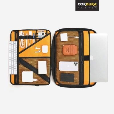 CODURA® 15/16/17인치 노트북 클러치백 (2 COLORS)