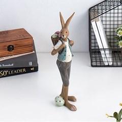 가방 멘 토끼
