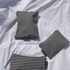 빈티지 블랙 체크 파우치 (Vintage black check pouch)