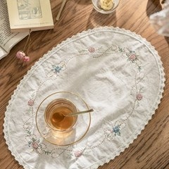 마리앙 플라워 자수 테이블