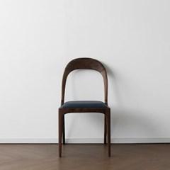 [헤리티지월넛] W형 의자 네이비_(1519349)