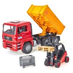 브루더 맨 TGA 덤프 트럭과 리프트 팔레트 세트_(301803403)
