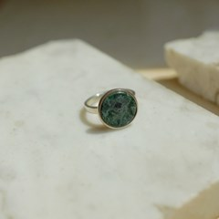 925silver Arin Marble Signature Ring (Green)
