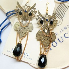 Owl Earring-Onyx