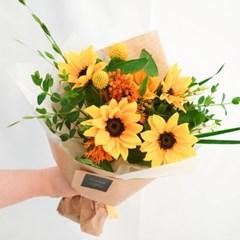 [해바라기] 밝은 여름을 담아 사랑받는 꽃다발 (생화/전국택배)