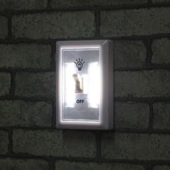 LED 옷장 부착등