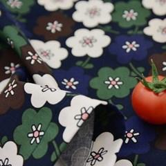 Mid Tuin Tea Cloth
