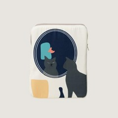 kitty in the mirror iPad / Tablet case