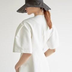 [셀럽협찬] BALLOON SLEEVE MINI DRESS IN OFF WHITE