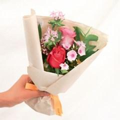 보면 볼수록 더 예쁜, 버블검 장미 꽃다발 (생화/전국택배)