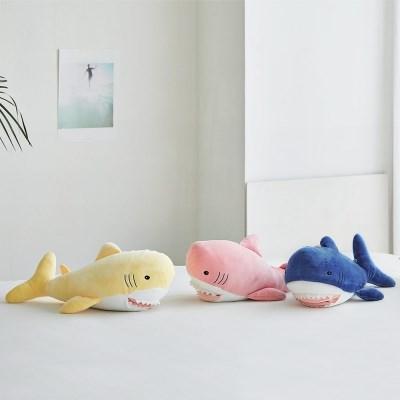 말랑말랑 핸드인 상어 쿠션