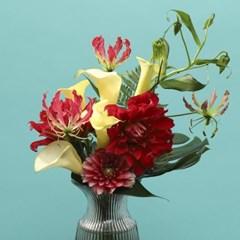 글로리오사 & 칼라 트로피컬 꽃다발 [퀵배송]