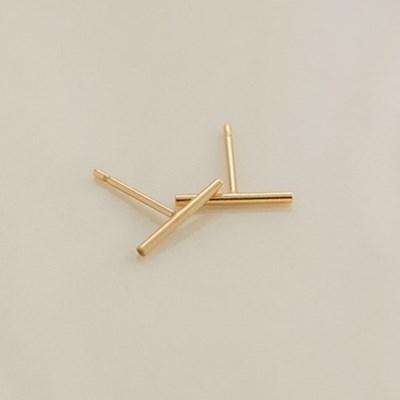 14k gf thin stick earrings (14k 골드필드)
