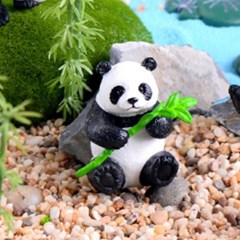 피규어 대나무 들고 있는 팬더_(1141016)