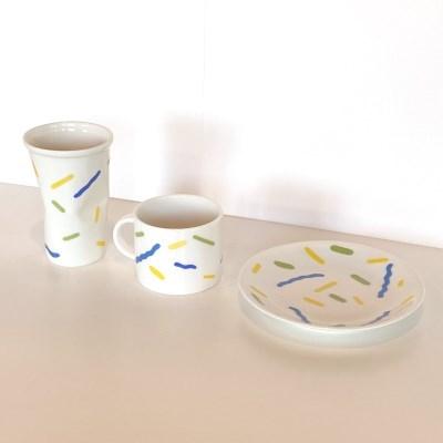 위글 컵/ 접시
