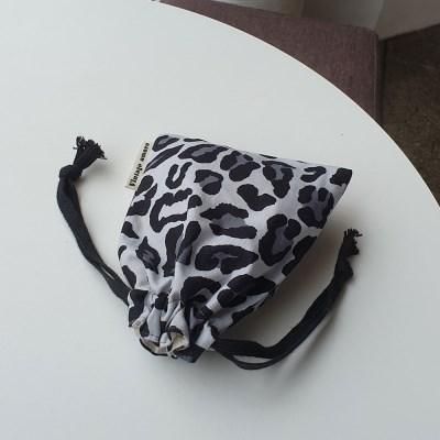 그레이호피 string pouch