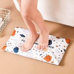발매트 빨아쓰는 규조토발매트 욕실매트 비벼닦는 규조토 가루매트