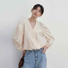PIN-TUCK WRAP BLOUSE_IVORY