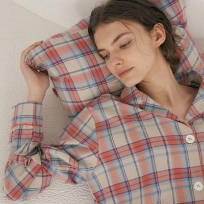 (w) Coral Plaid Pajama Set