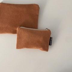 다크 오렌지 골덴 파우치(Dark orange corduroy pouch)