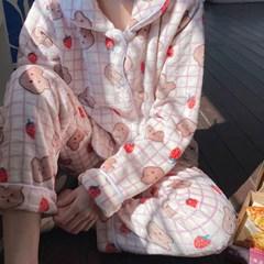 딸기베어 극세사 겨울 파자마 수면 잠옷