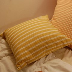 BUTTER-yellow stripe cushion 메이드파니 스트라이프 쿠션커버