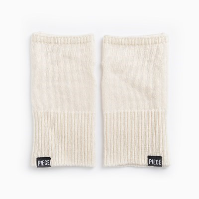 CASHMERE ARM COVER (IVORY)_(401201938)