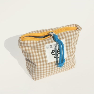 Check pouch(S)_Beige brown