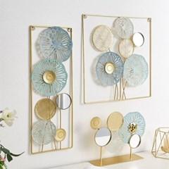화사한 디자인의 둥근꽃 철재 벽장식