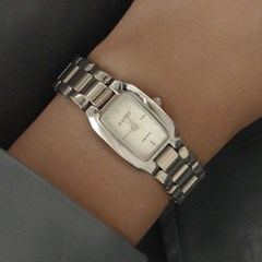바우스 여자 팔찌시계 시크한 메탈밴드시계 브릿 실버_(469913)