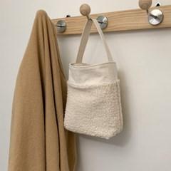 빌로우 백(below bag)