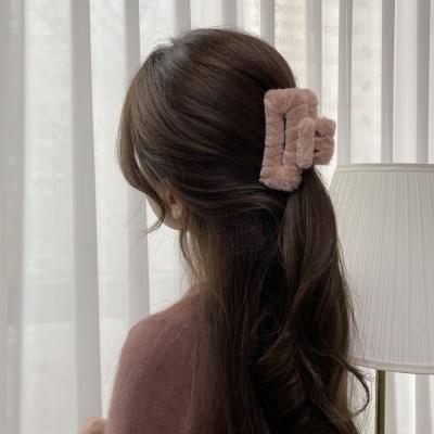 극세사 스퀘어 집게핀 겨울 올림머리 헤어핀