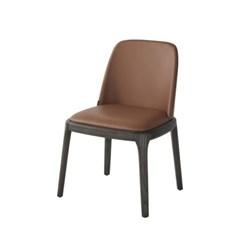 까사미아 그리시니 의자