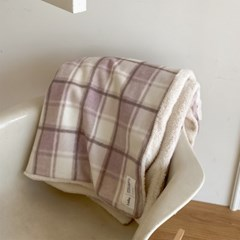 winter check blanket _ pink
