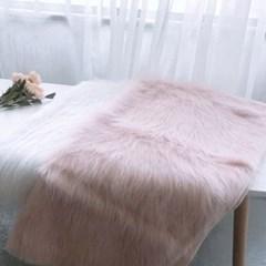 드레스룸 전신거울 방 인테리어 가벼운 사각 롱샤기 퍼러그