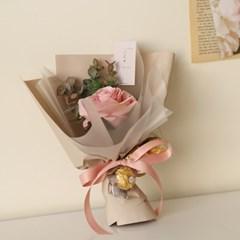 발렌타인장미한송이꽃다발(조화) + 페레로로쉐3T_(861579)