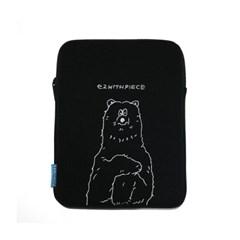 [EZwithPIECE] POLAR BEAR TABLET POUCH (BLACK)_(401229222)