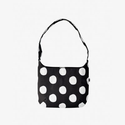 Yumi Shoulder Bag-Dots in black