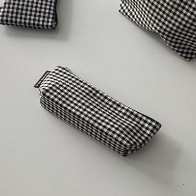 블랙 삼각 필통(Black triangle pencil case)