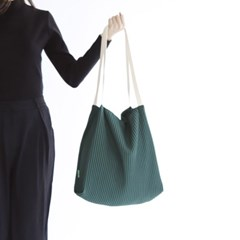무심한듯 박시한 쇼퍼백 53 플리츠 주름 에코백- green