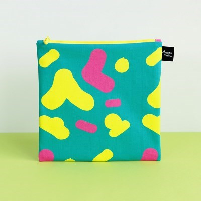 [L pouch] song