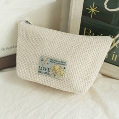 'Winter blooms' Label Ivory Pouch (Basic)