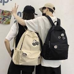 남자 여자 공용 커플 데일리백 학생가방 뱃지 포인트 백팩