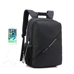 남자 여자 남녀공용 오피스룩 회사원 출근룩 USB포트 노트북 백팩