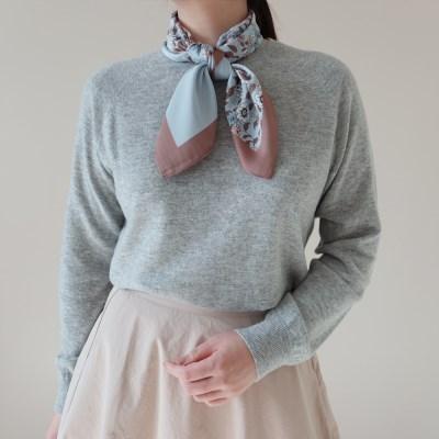 쁘띠 플라워 사각 스카프 (2 colors)