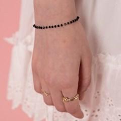 ARk94300 Black Dot Bracelet